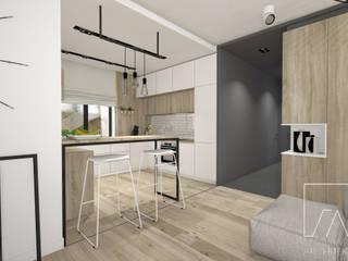 現代廚房設計點子、靈感&圖片 根據 SZTYBLEWICZ ARCHITEKCI 現代風