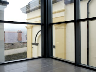 Artillery St, Derry Refurbishment :  Office buildings by Tate Stevenson Architects Ltd