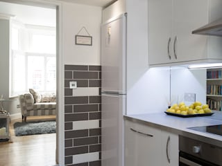 Kitchen - Greenwich - South London من Millennium Interior Designers