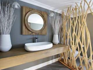Guest Bathroom JSD Interiors Rustic style bathroom Wood Grey
