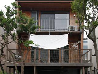 「風と光が通り抜けるワンルーム」葉山下山口の家 の アーキラボ 一級建築士事務所