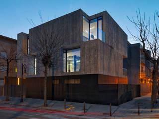 Casa Concreto: Casas de estilo minimalista de RUBÉN MUEDRA ESTUDIO DE ARQUITECTURA