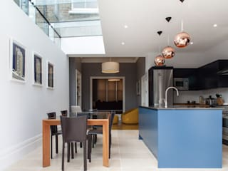 Dapur oleh Nic  Antony Architects Ltd, Modern