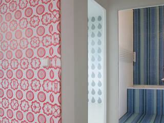 Paredes y pisos de estilo moderno de brandt+simon architekten Moderno