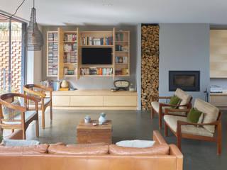 Salones de estilo  de Finch London Ltd, Moderno