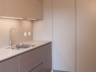Cozinhas modernas por sandra marchesi architetto Moderno