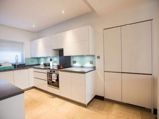 White gloss U shape kitchen Schmidt Kitchens Barnet Modern Kitchen MDF White