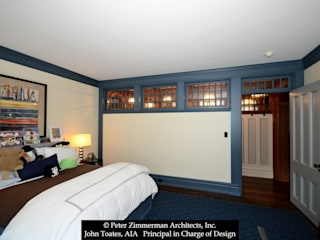 Bedroom:  Bedroom by John Toates Architecture and Design