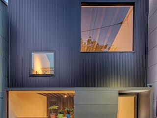 大阪市北区浪花町の店舗 の 株式会社 藤本高志建築設計事務所