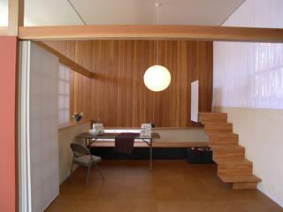 松本剛建築研究室 Eclectic style study/office Wood Wood effect