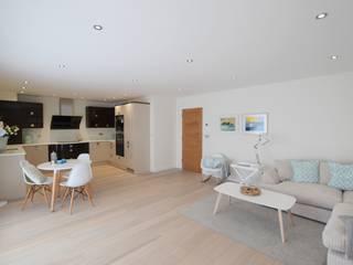 2 Bedroom Apartment Salas de estilo minimalista de THE FRESH INTERIOR COMPANY Minimalista