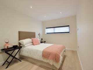 2 Bedroom Apartment Cuartos de estilo minimalista de THE FRESH INTERIOR COMPANY Minimalista