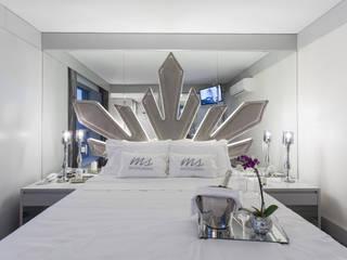 Bedroom by Juliana Damasio Arquitetura