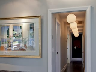 Wagon Trail:  Corridor & hallway by Andrea Schumacher Interiors