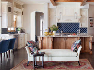 21st CenturyTraditional:  Kitchen by Andrea Schumacher Interiors