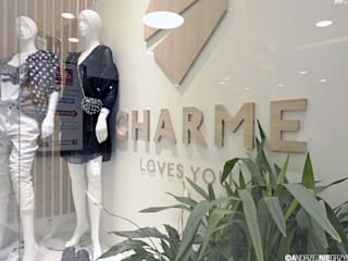 Aranżacja wnętrza sklepu CharmeLovesYou: styl , w kategorii Powierzchnie handlowe zaprojektowany przez ANIEA Andrzej Niegrzybowski architekt