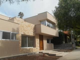 CASA DALVIAN M1: Casas de estilo minimalista por MABEL ABASOLO ARQUITECTURA