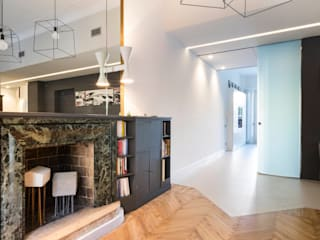 Salas de estar  por mg2 architetture , Moderno