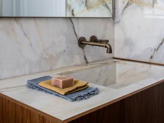 Bathroom - Belsize Park Modern bathroom by Roselind Wilson Design Modern