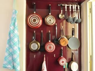 ห้องครัว by Kriyartive Interior Design