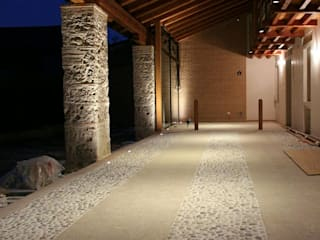 Houses by Mesretail - Consulenza illuminotecnica, Rustic