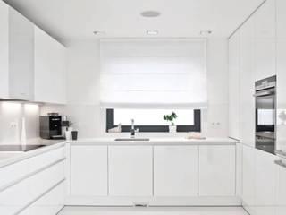 Cocinas de estilo minimalista por PULVA