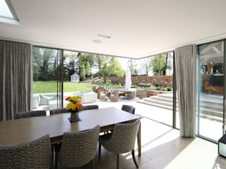 Winter Hill Modern windows & doors by IQ Glass UK Modern