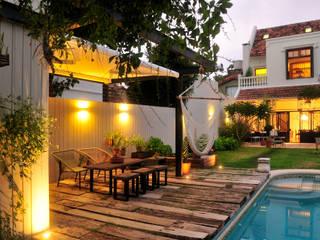 Jardines de estilo moderno de Paula Herrero | Arquitectura Moderno