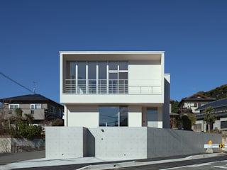 Relaxation House: Atelier Squareが手掛けた家です。,モダン