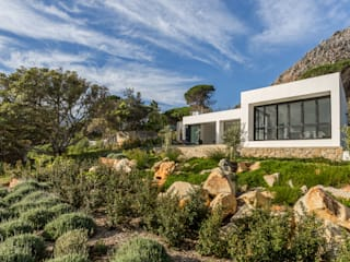 House Hout Bay:  Houses by Babett Frehrking Architect, Modern