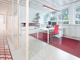 Study/office by mori, Minimalist