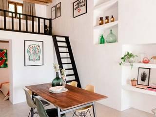 Гостиная в . Автор – Ibiza Interiors - Nederlandse Architect Ibiza