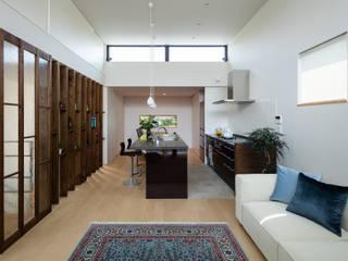 風と光と暮らす家: 設計事務所アーキプレイスが手掛けたキッチンです。
