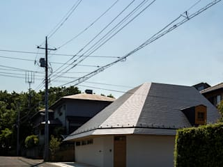 by 中山大輔建築設計事務所/Nakayama Architects Еклектичний