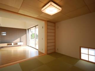 粕川の家: 熊倉建築設計事務所が手掛けた現代のです。,モダン