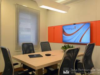 Projeto Corporativo - Carlos Gomes Tania Bertolucci de Souza | Arquitetos Associados Lojas & Imóveis comerciais modernos