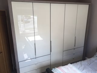Loft Wardrobe:   by Autumn Leaves Furniture Outlet Ltd