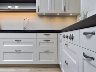 Country style kitchen by Klocke Möbelwerkstätte GmbH Country
