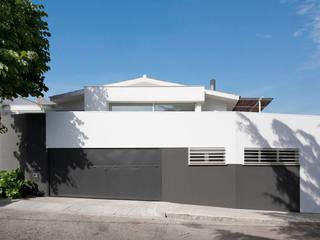 Casa A+J Casas de estilo minimalista de Estudi.Alfred Garcia Gotós Minimalista