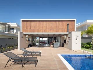 Joana França Casas modernas Madera