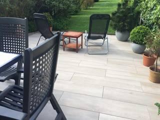 Die verschiedensten Formate im Keramik- Bereich für Ihre Terrasse. gartentyp GmbH Moderner Garten
