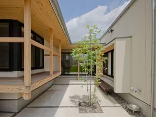 七郷の平屋 ラスティックな 庭 の FrameWork設計事務所 ラスティック