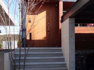 HO-GYOのいえ ラスティックスタイルの 玄関&廊下&階段 の FrameWork設計事務所 ラスティック