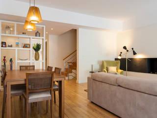 Traço Magenta - Design de Interiores Modern dining room Beige