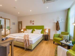 BAUR WohnFaszination GmbH Hotels Wood Green