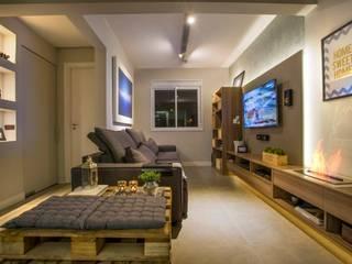 Moderne woonkamers van Caroline Vargas | C. Arquitetura Modern
