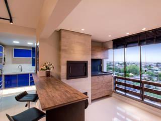 Deu azul Cozinhas modernas por C. Arquitetura Moderno