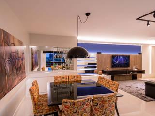 Moderne eetkamers van Caroline Vargas | C. Arquitetura Modern