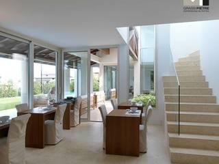 Hotel Modern Oleh Grassi Pietre srl Modern