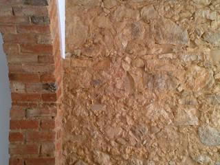 Dinding & Lantai Gaya Industrial Oleh QFProjectbuilding, Unipessoal Lda Industrial